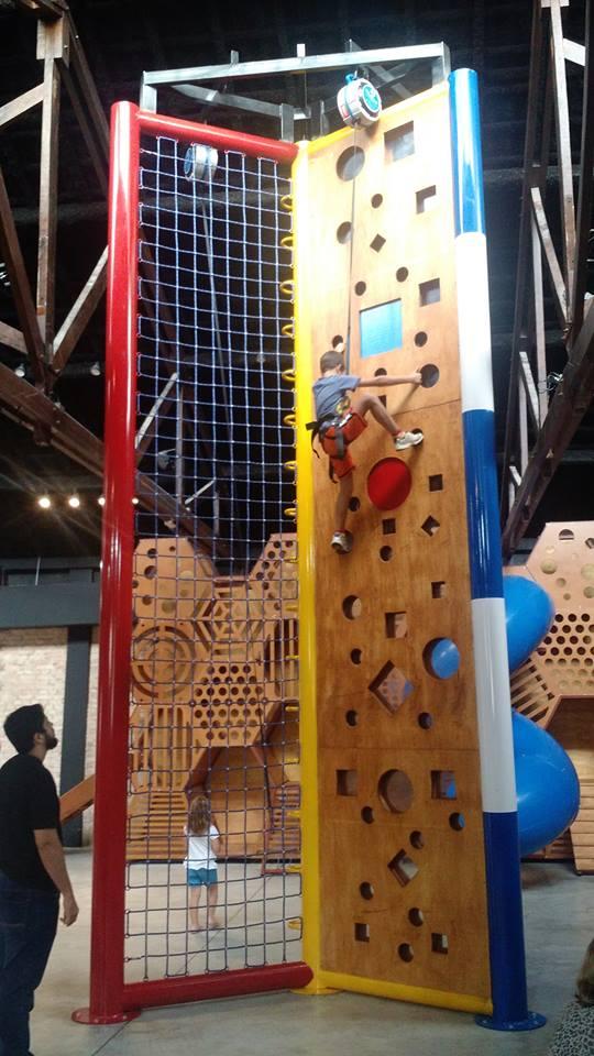 Muro de escalda Indoor: Espaço Climbers
